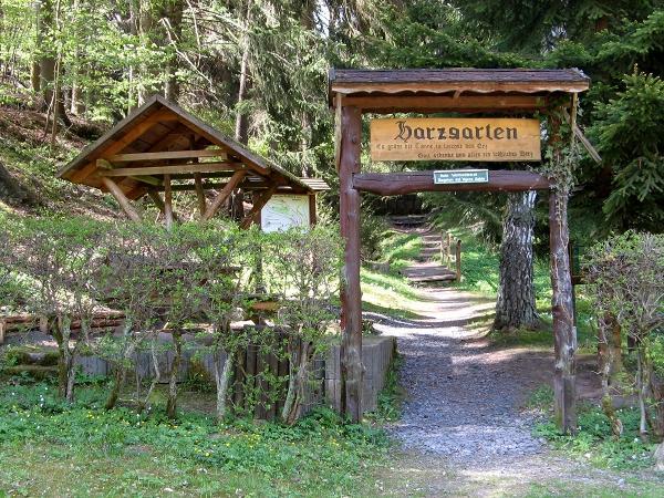 Eingang zum Harzgarten in Stolberg Harz
