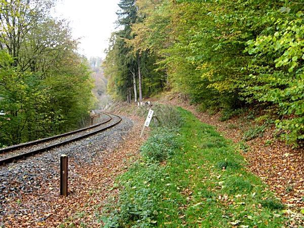 alter Schienenstrang am Wegesrand kurz vor Stolberg