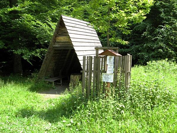 Schutzhütte an den Sieben Wegen