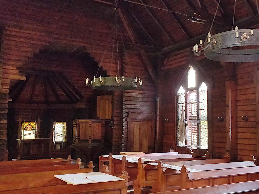 Stabkirche Innenansicht