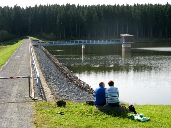 Staudammn des Kiliansteichs bei Stolberg Harz