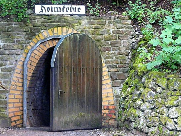 Eingang zur Schauhöhle Heimkehle